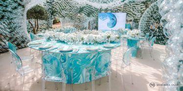 oformlenie-zala-2-5-374x187 Оформление зала для свадьбы. Разбираем по деталям, картинка, фотография