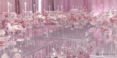 oformlenie-zala-3-2-374x187 Оформление зала для свадьбы. Разбираем по деталям, картинка, фотография