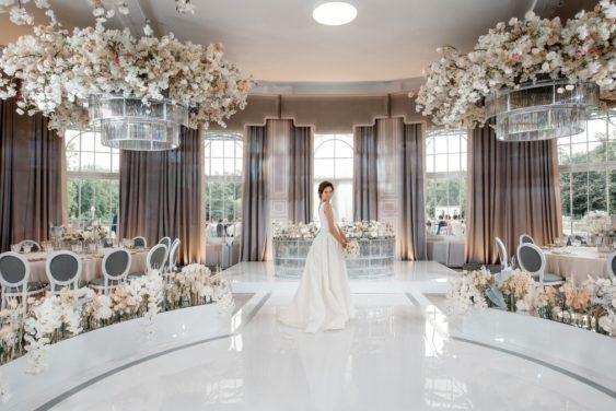 oformlenie-zala-563x376 Оформление зала для свадьбы. Разбираем по деталям, картинка, фотография