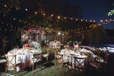 svadba-v-krymu-na-ville-2-3-374x250 Свадьба в Крыму на вилле. Важные отличия от свадьбы в ресторане, картинка, фотография