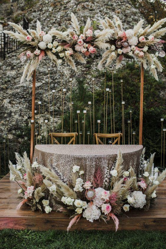 svadba-v-krymu-na-ville-2-4-563x845 Свадьба в Крыму на вилле. Важные отличия от свадьбы в ресторане, картинка, фотография
