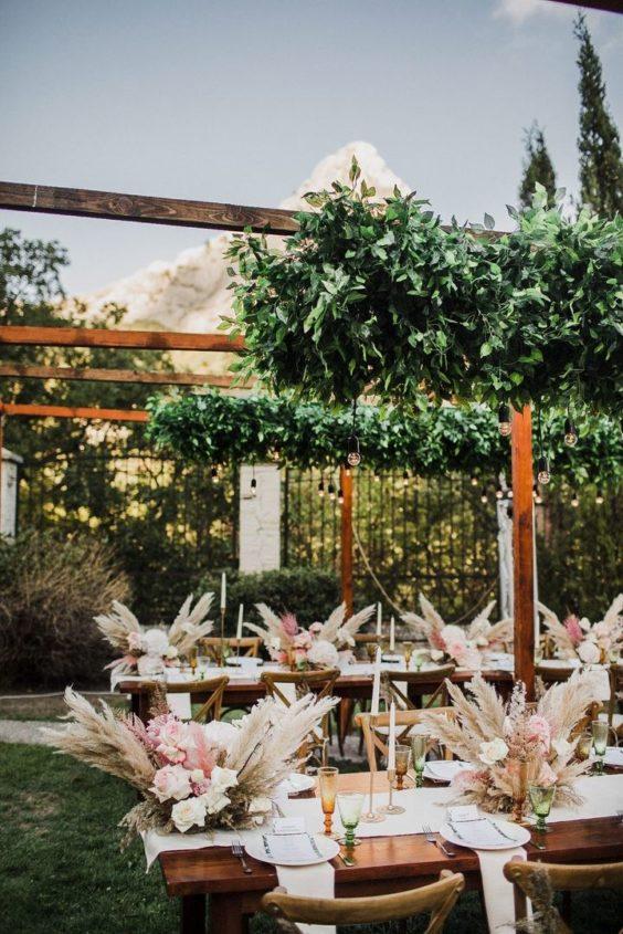 svadba-v-krymu-na-ville-2-5-564x845 Свадьба в Крыму на вилле. Важные отличия от свадьбы в ресторане, картинка, фотография