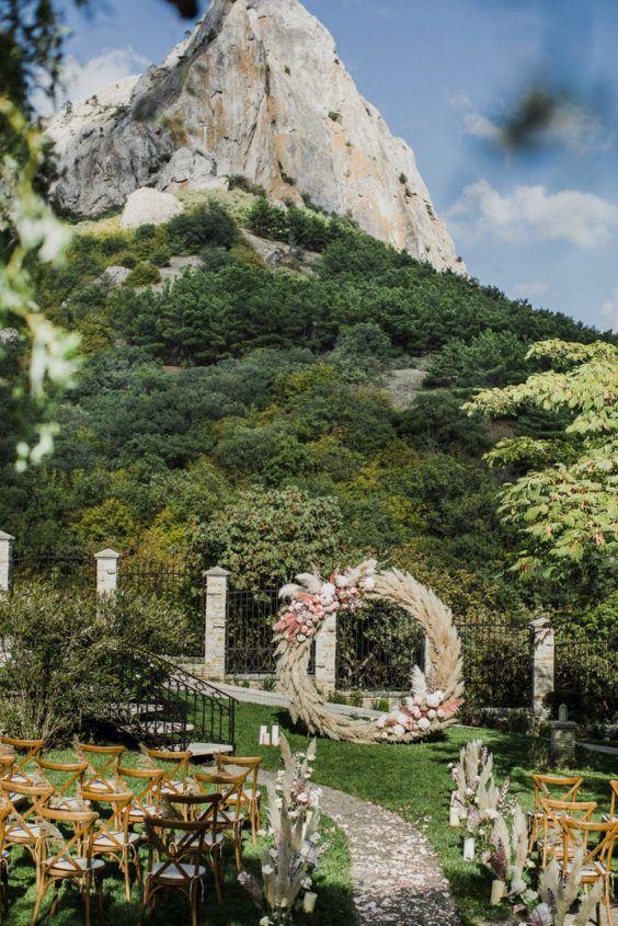 svadba-v-krymu-na-ville-9-564x845 Свадьба в Крыму на вилле. Важные отличия от свадьбы в ресторане, картинка, фотография