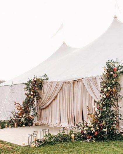 svadba-v-shatre2-421x527 Шатер в Крыму для свадьбы. Руководство от Goodwill Wedding, картинка, фотография