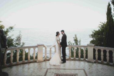 svadba-v-yalte-2-374x249 Свадьба в городе счастья. Организация свадьбы в Ялте, картинка, фотография