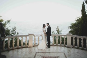 svadba-v-yalte-2-374x250 Свадьба в городе счастья. Организация свадьбы в Ялте, картинка, фотография