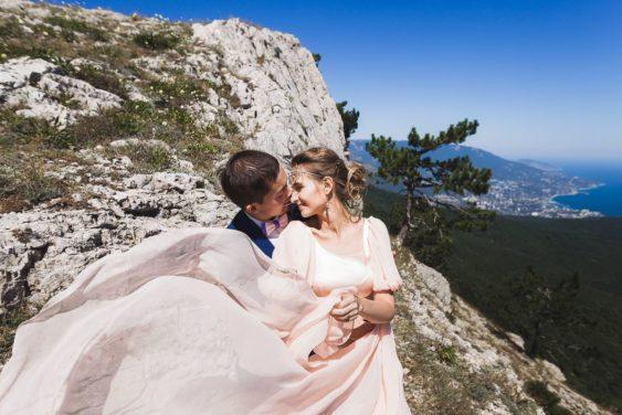 svadba-v-yalte-8-563x376 Свадьба в городе счастья. Организация свадьбы в Ялте, картинка, фотография