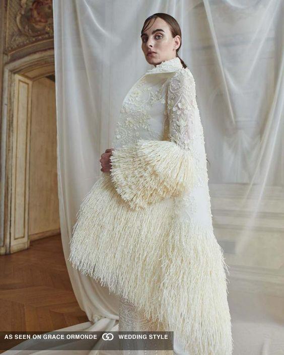 plate-zimoj-10 Платье невесты зимой: лайфхак «Как сделать свой образ незабываемым», картинка, фотография