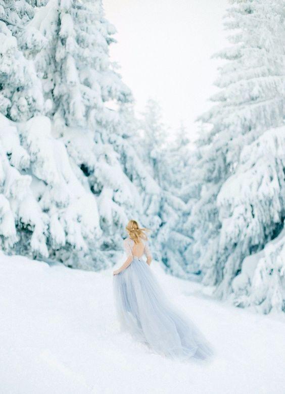 plate-zimoj-13 Платье невесты зимой: лайфхак «Как сделать свой образ незабываемым», картинка, фотография