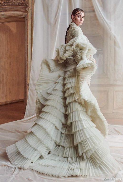 plate-zimoj-4-517x762 Платье невесты зимой: лайфхак «Как сделать свой образ незабываемым», картинка, фотография