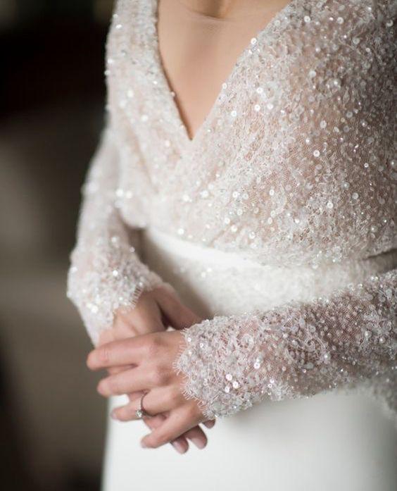 plate-zimoj-6 Платье невесты зимой: лайфхак «Как сделать свой образ незабываемым», картинка, фотография