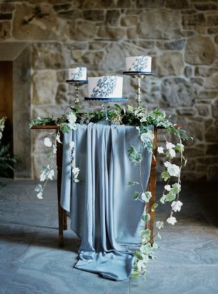 cvet-svadby-zimoj-10-313x421 Цвет свадьбы зимой, картинка, фотография