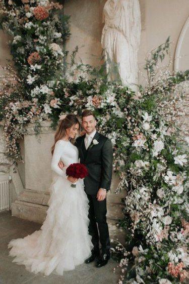 cvet-svadby-zimoj-2-375x561 Цвет свадьбы зимой, картинка, фотография