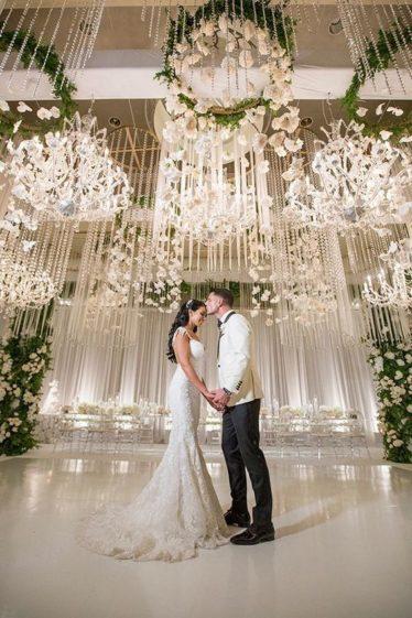 cvet-svadby-zimoj-9-374x561 Цвет свадьбы зимой, картинка, фотография
