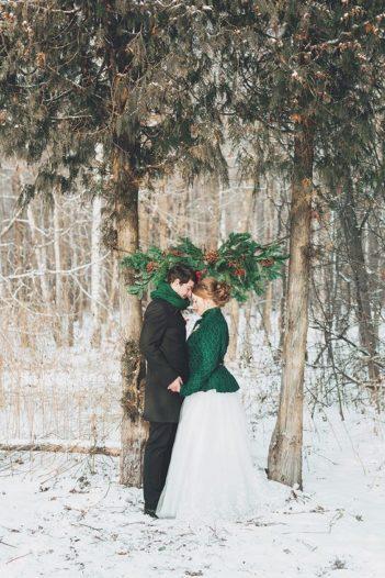 svadba-zimoj-fotosessiya-351x526 Свадьба зимой фотосессия, картинка, фотография