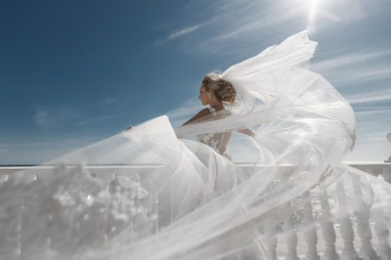 plate-dlya-svadby-na-more-2-561x374 Платье для свадьбы на море, картинка, фотография